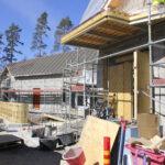 Uusi seurakuntatalo halutaan jo varata häihin – Alkukesästä valmistuva monitoimitila on odotettu asia Sääksjärvellä. Katso kuvat