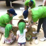 Lempääläispäiväkodin väki osallistui hiekkakakkujen SM-kisoihin – Työt voi äänestää finaaliin