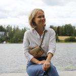 """Lempääläistaustaisen nuoren toimitusjohtajan visiona """"villiyritysten vallankumous"""" – Anna Abrahamsson etsii harmoniaa luonnon kanssa ja uskoo sydämen voimaan"""